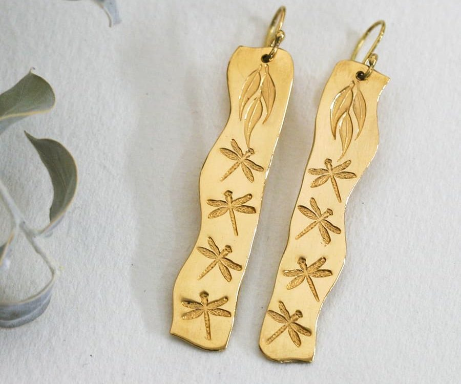 'Dragonfly Drama', 18ct Yellow Gold fancy shaped Earrings
