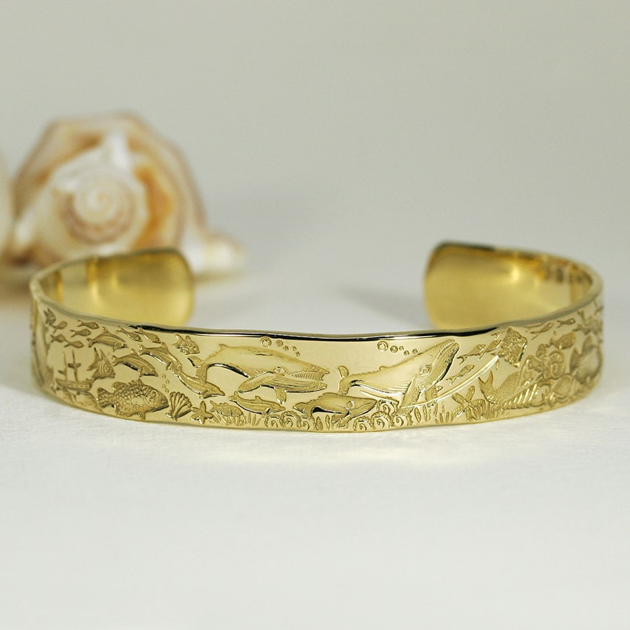 'Underwater Classic', 18ct Yellow Gold Cuff