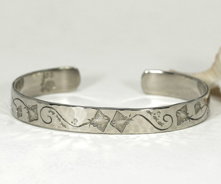'Stingray Romance', 9ct White Gold Cuff with beaten finish