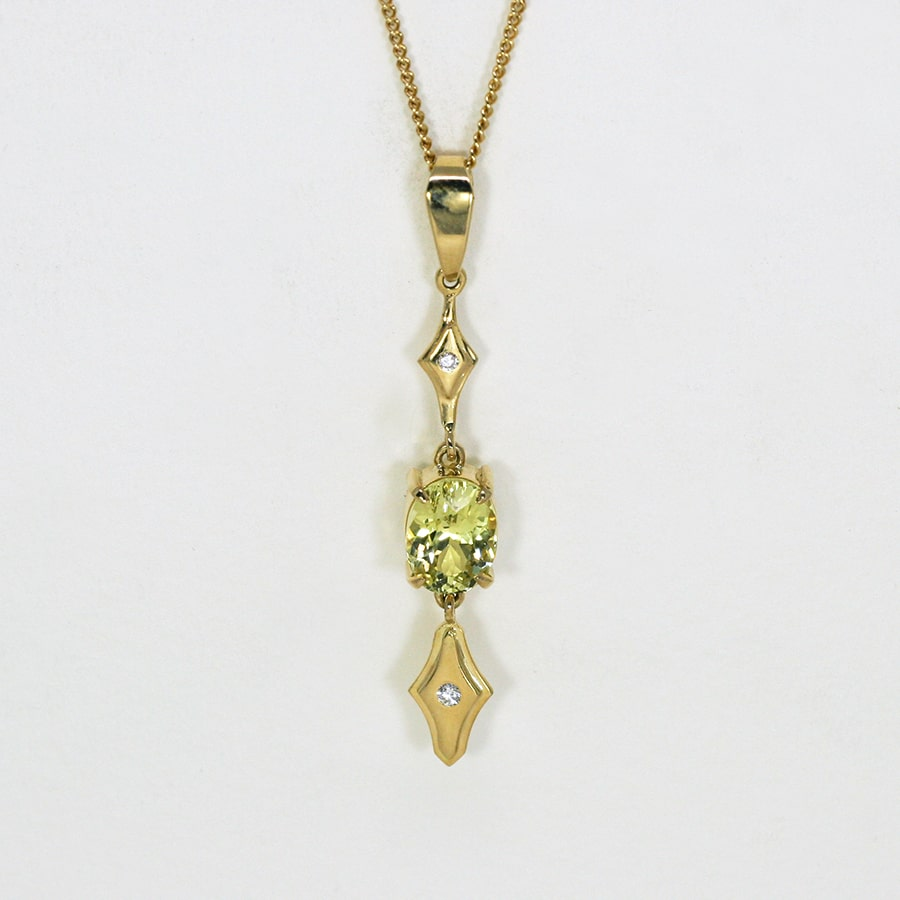 'Chartreuse', 18ct Yellow Gold pendant set with a Ceylon Chrysoberyl and two Diamonds