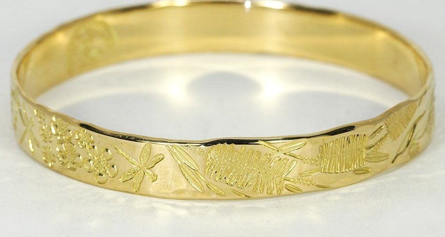 'Southwest Garden', 18ct Yellow Gold bangle