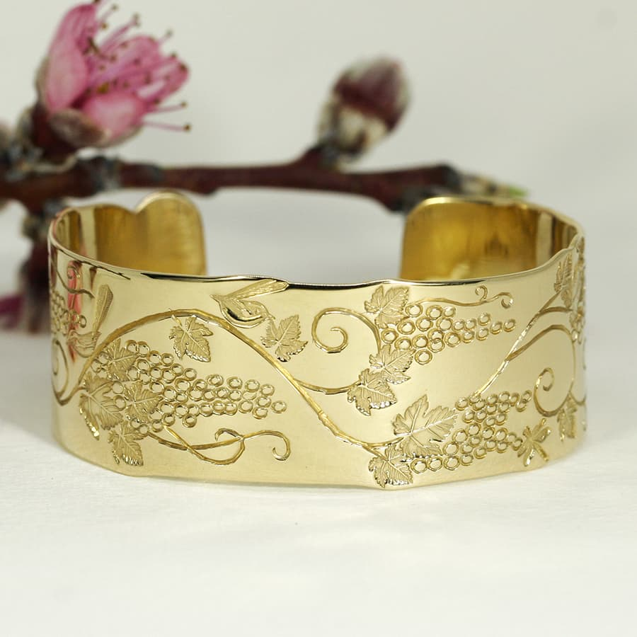 'Golden Summers', 18ct Yellow Gold Cuff with hand engraving