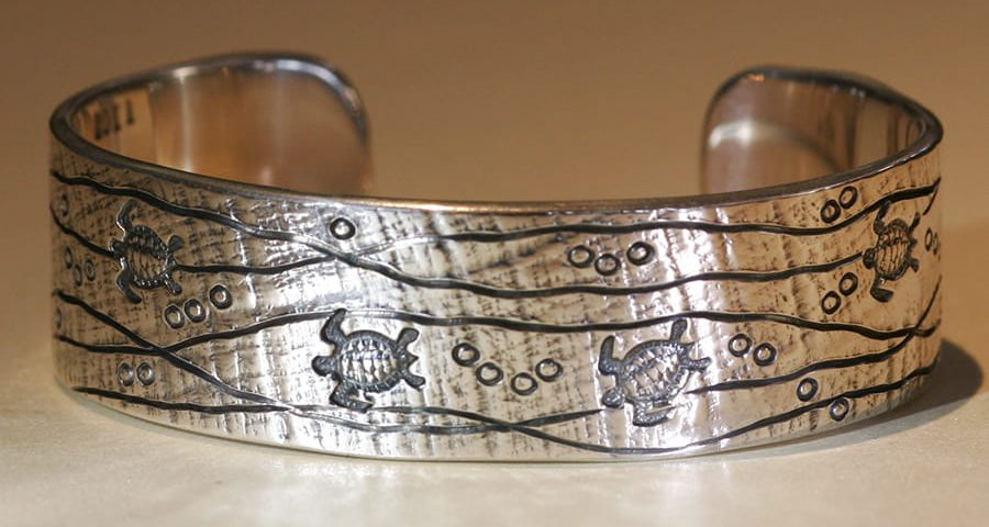 14. Sterling silver Turtle cuff