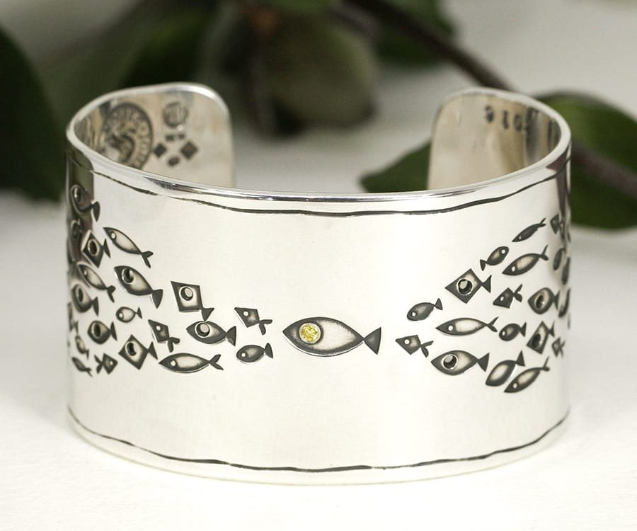 20. 'No Ordinary Fish', Wide cuff set with 4pt Fancy Intense Yallew Diamond