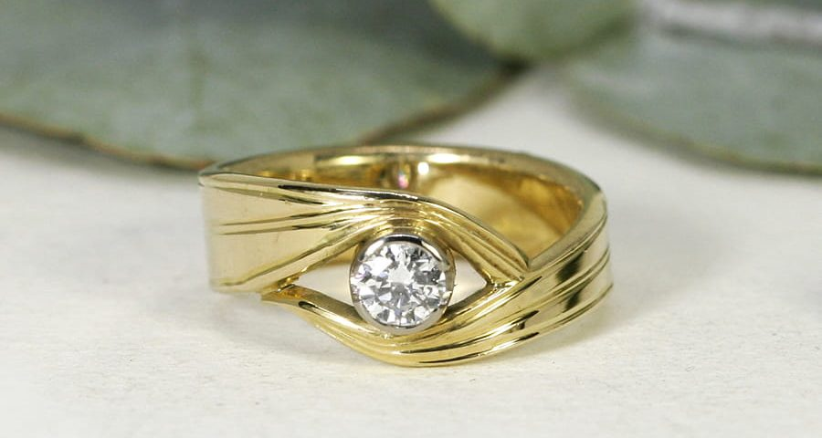 3. 'Honey Myrtle', 18ct Yellow Gold Band and 18ct White Gold Bezel set with a 26pt Diamond