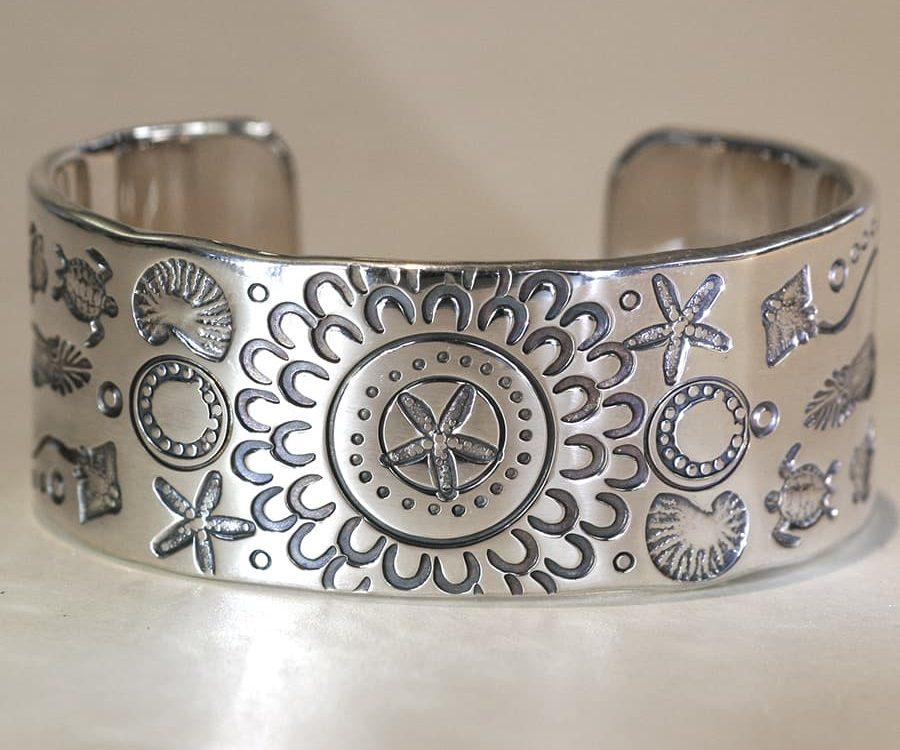 3. Wardandi Designs