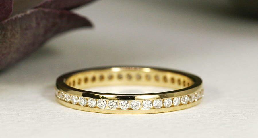 8. 'Full Circle', 18ct Yellow Gold, Total Diamond Weight 0.41cts