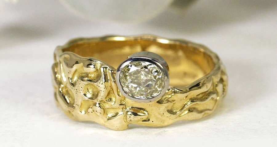 9. 'Golden Summers', 18ct Yellow Gold, set with 0.82ct golden Elendale Diamond