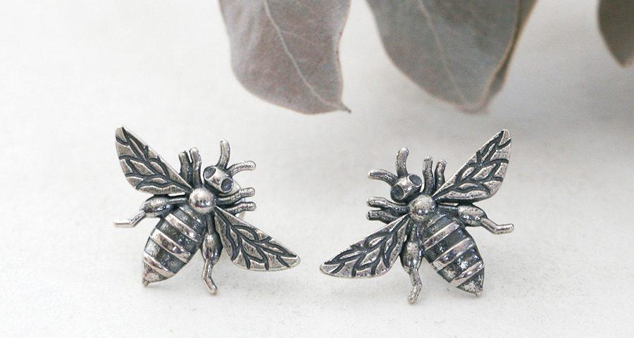 bees-sterling-silver-stud-earrings-john-miller-design
