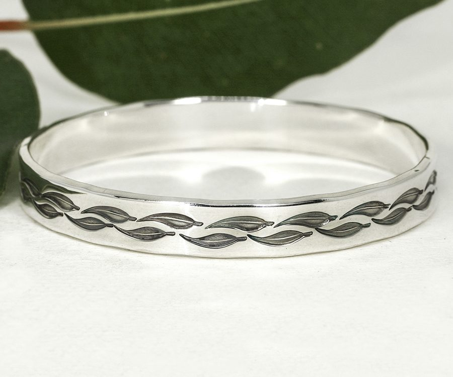 Simply Gumleaves sterling silver handcrafted bangle