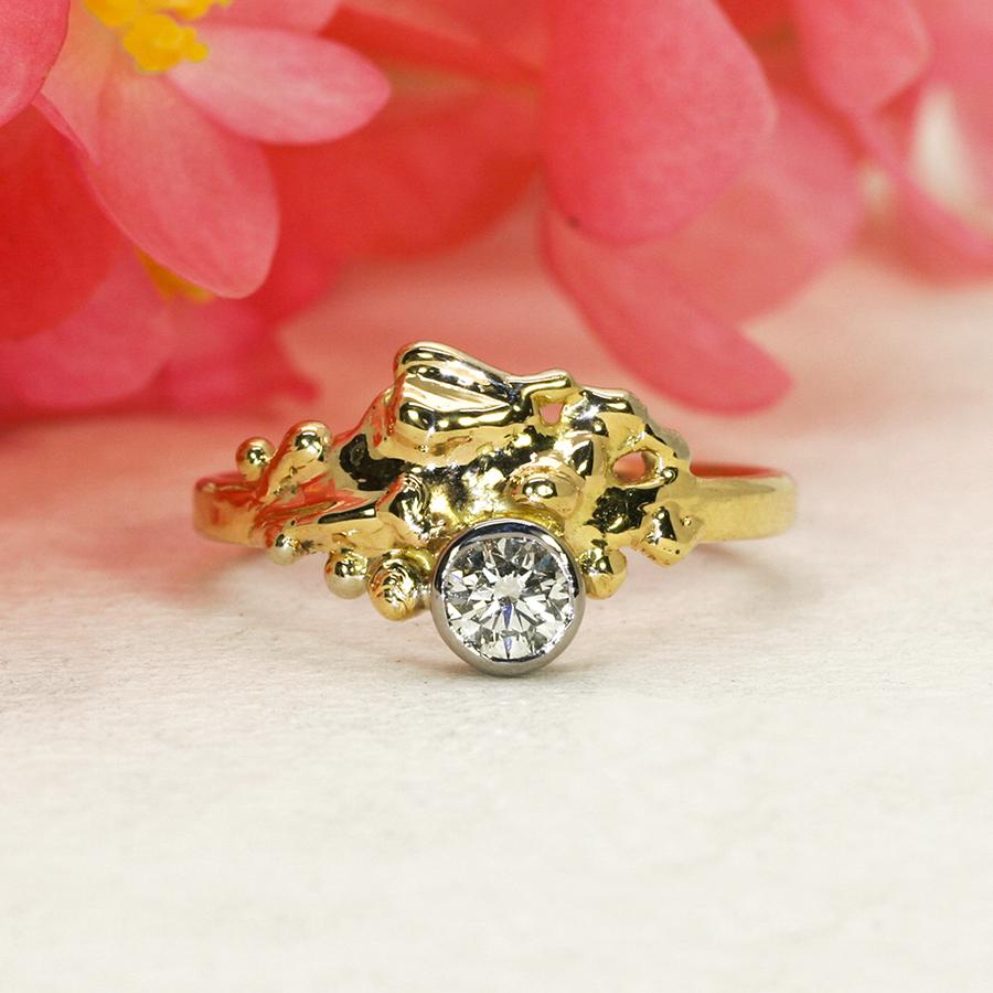 Sem-Sav-Splash-18ct-fused-yellow-gold-and-diamond-ring-john-miller-design