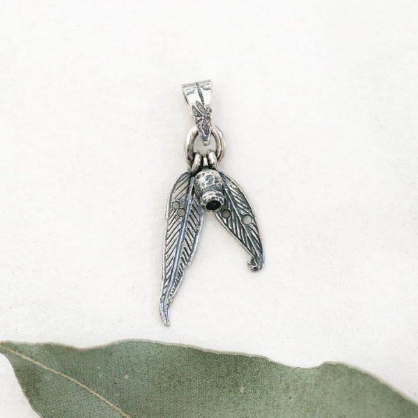 Sterling silver gumnut & 2 gumleaf pendant