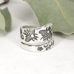 Sterling silver Bee spiral ring front