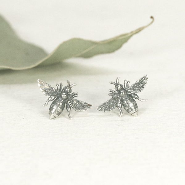 Sterling silver Bee stud earrings - Small - Patina