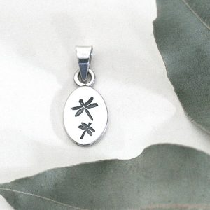 Dragonfly Oval Pendant