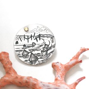 Hamelin Bay Themed Round Pendant