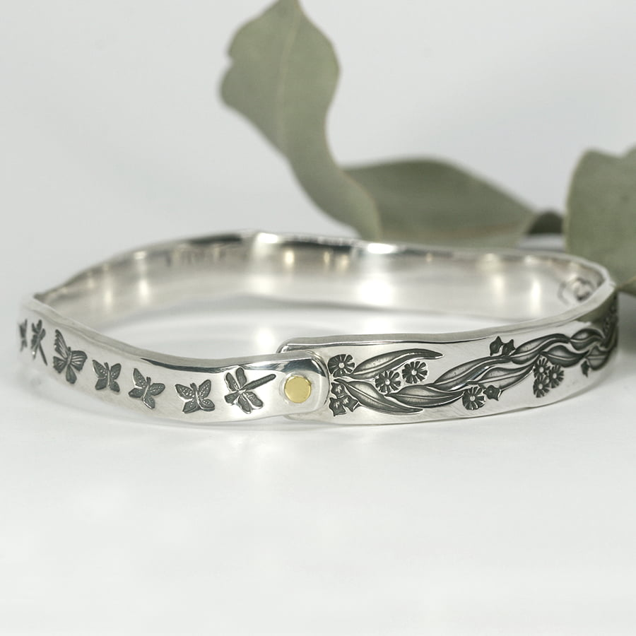 Gum Garden handcrafted sterling silver tapered bangle with gold rivet