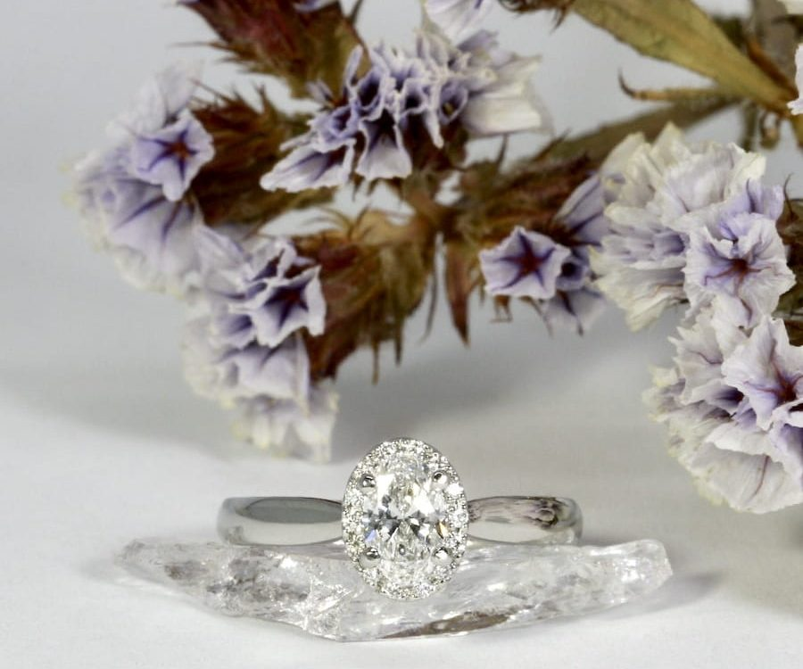 'Beautiful' Platinum 0.50ct FSI Oval diamond 14=0.07ct GSI RBC diamonds
