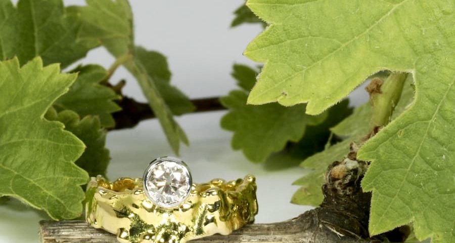 'Lasseters Reef' 18ctyellow gold fused ring set with 70pt VS C2 H&A Argyle Champagne diamond