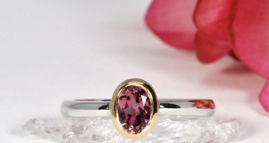 'Roseberry' 18ct White gold Rose gold Bezel 5x7mm pink tourmaline